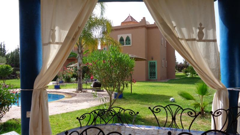 House villa, in exclusive,garden with private pool, without vis-à-vis - Image 1 - Marrakech - rentals