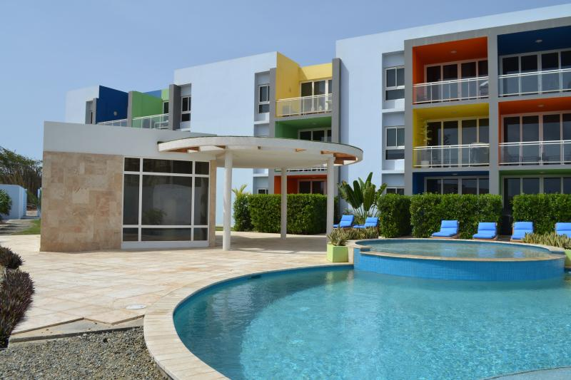 Pool area - 2BD - Isla Bonita - Near Eagle Beach - Oranjestad - rentals