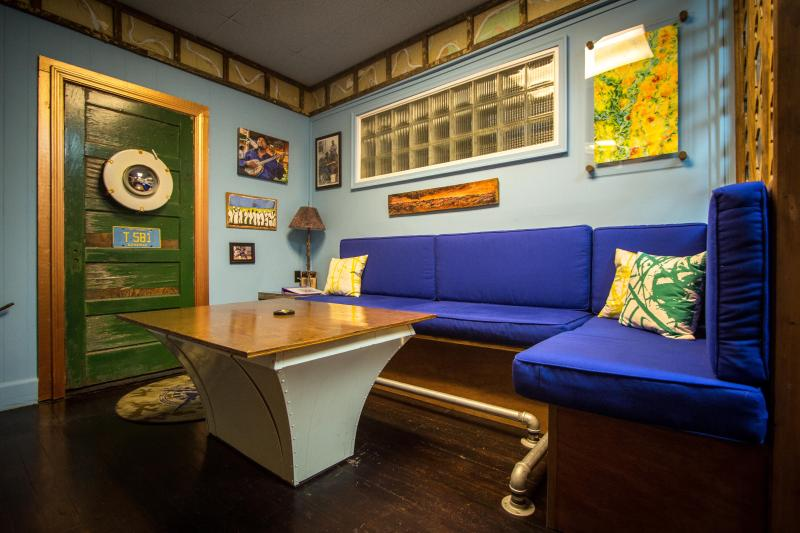 The Squeeze Box -  entertainment room - 'Get Your Blues On' At The Squeeze Box - Clarksdale - rentals