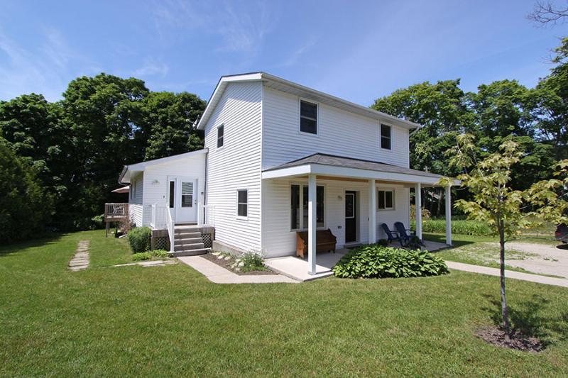 Huron View cottage (#734) - Image 1 - Ontario - rentals
