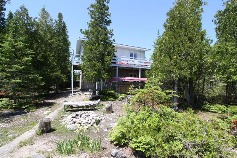 Jackson's Point cottage (#739) - Image 1 - Tobermory - rentals