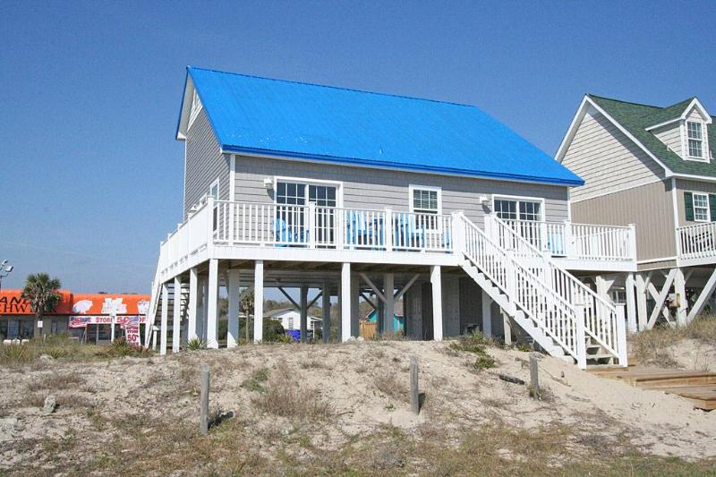 Breaking Waves 4007 East Beach Drive - Image 1 - Oak Island - rentals