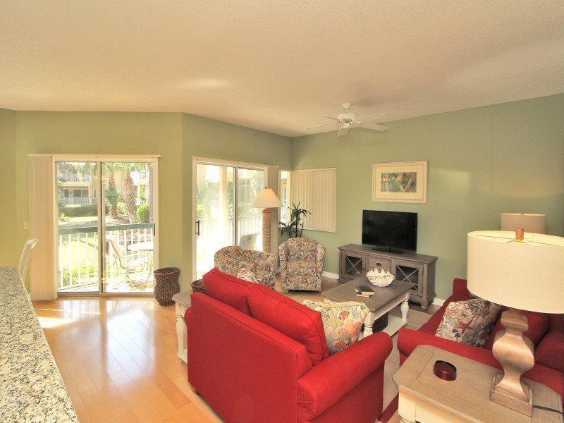 Living Room at 602 Barrington Park - 602 Barrington Park - Palmetto Dunes - rentals