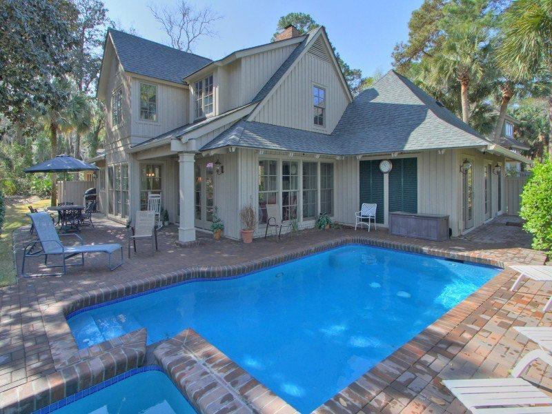 Fabulous pool and patio area at 4 Pyxie in Sea Pines - 4 Pyxie Lane - Hilton Head - rentals
