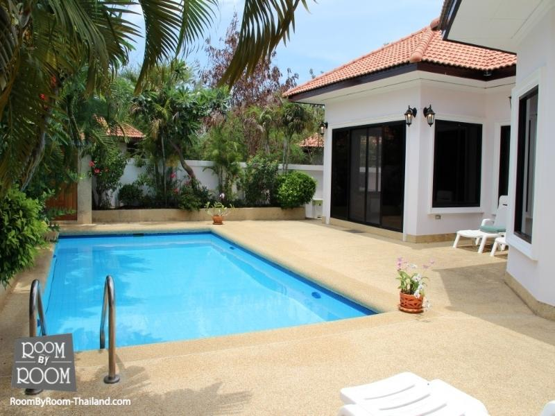 Villas for rent in Hua Hin: V6082 - Image 1 - Hua Hin - rentals