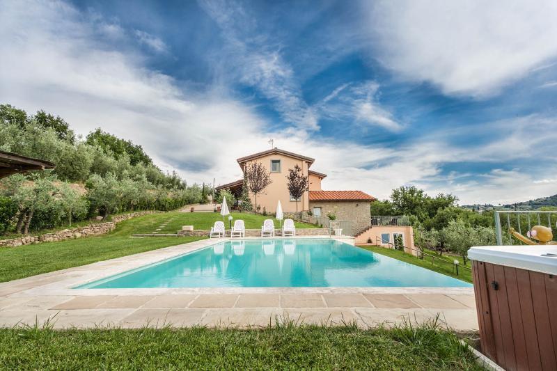 Villa Meraviglia private swimming pool Tuscany - Image 1 - Monte San Savino - rentals