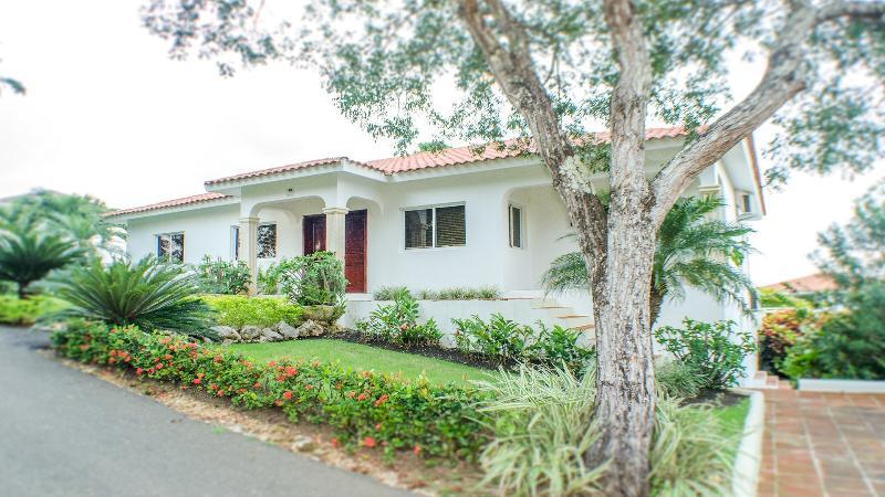Sosua villa rental tropical retreat w/ ocean view - Image 1 - Sosua - rentals