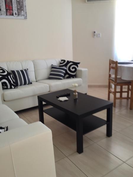 4 Ground Floor 1 Bedroom Apartment Kato Paphos - Image 1 - Lachi - rentals