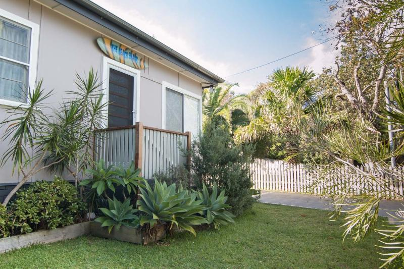 The Beach Shack - Image 1 - Blueys Beach - rentals