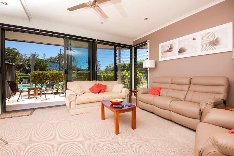 Boom 1 - Image 1 - Blueys Beach - rentals
