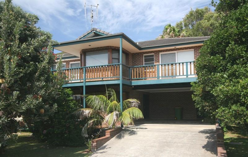 Blueys Sanctuary - Image 1 - Blueys Beach - rentals