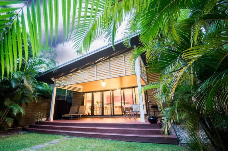 Bessou - Image 1 - Elizabeth Beach - rentals