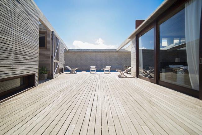 Breathtaking 4 Bedroom Beachfront Home in Jose Ignacio - Image 1 - Jose Ignacio - rentals