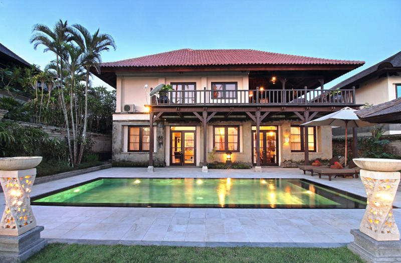 Ocean's 54 - Oceans 54, Luxury sea views, Villa Nirwana Resort - Tabanan - rentals