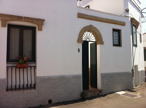 Monolocale A 4km Da Santa Maria Di Leuca - Image 1 - Patu - rentals