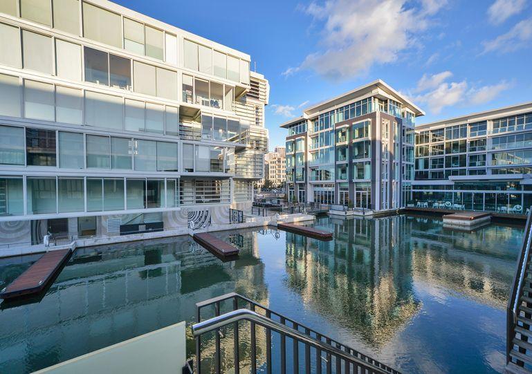 This ground floor apartment - 2 Bedroom Viaduct Apartment Lighter Quay Auckland New Zealand - Auckland - rentals
