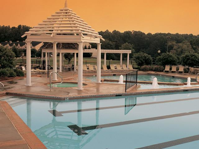 Outdoor Pool - 2 BR - Historic Powhatan Resort - Williamsburg - rentals