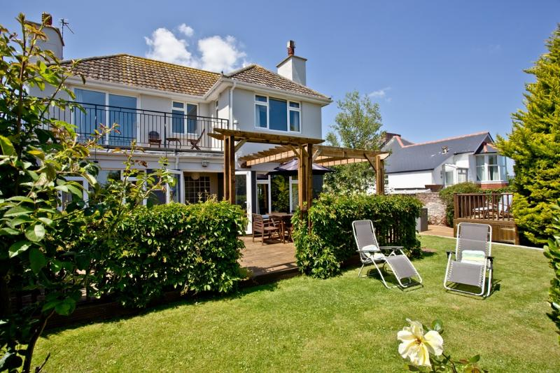 Lotts View located in Paignton, Devon - Image 1 - Paignton - rentals