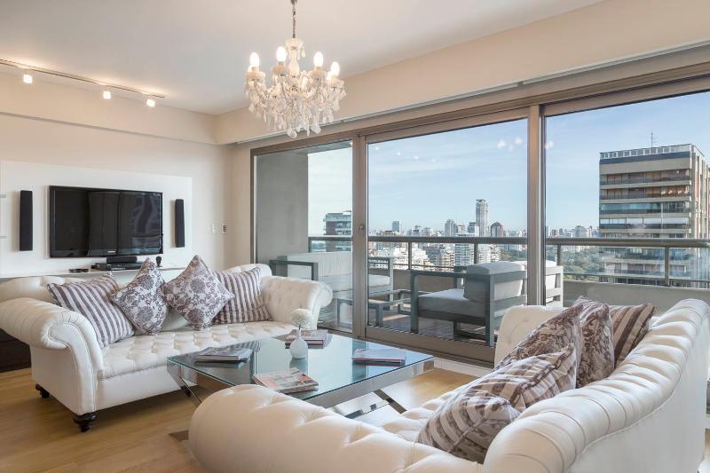 Superb 3 Bedroom Apartment in Palermo Nuevo - Image 1 - Buenos Aires - rentals