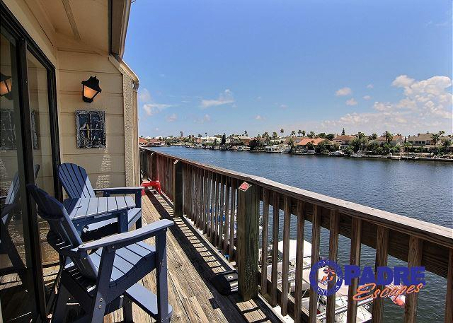Balcony with a great view - Enjoy this Cozy Waterfront Condo that's on the Main Canal here on the Island. - Corpus Christi - rentals