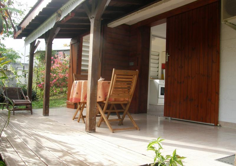 Comfortable holiday cottage studio in Le Gosier - Image 1 - Le Gosier - rentals