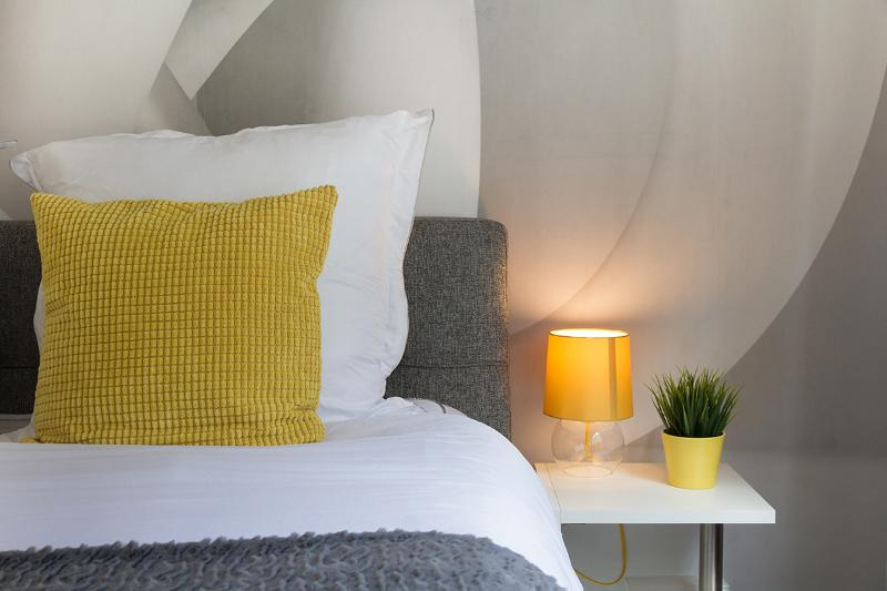 HelloYellow!NEW*WESTEND*DESIGN*HOUSE*LEICESTER SQ* - Image 1 - London - rentals