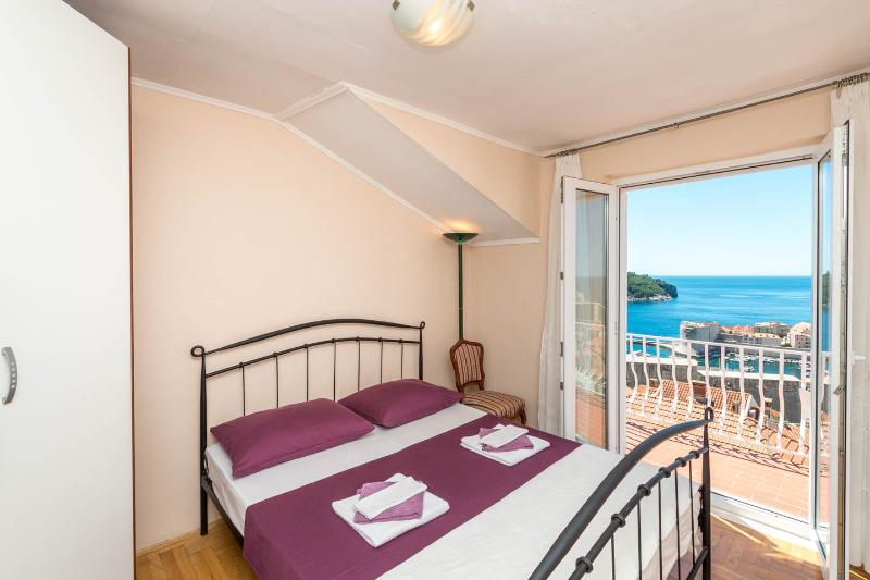 Bedroom 1 - Apartment Dea  - near Old town with amazing view - Dubrovnik - rentals
