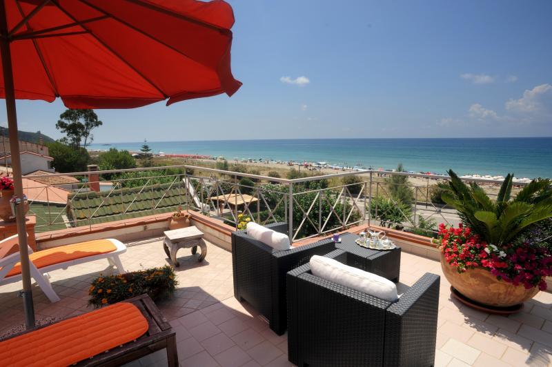 Terrazzo-solarium - Casa Vacanze Alice & Mari Acqua blu mare - Marina di Ascea - rentals