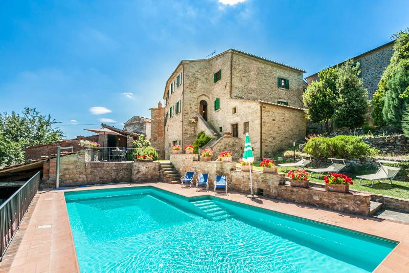 Vacation Rentals at Nightingale's Villa, Tuscany - Image 1 - Castiglion Fiorentino - rentals