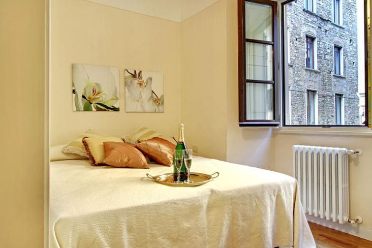David - Image 1 - Florence - rentals