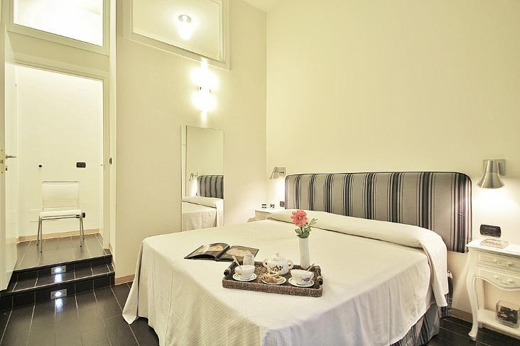 Elegant and Modern Apartment Rentals in Florence - Image 1 - Rome - rentals
