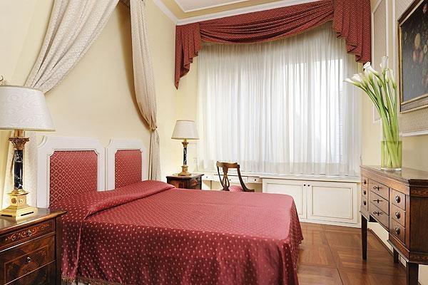 Piazza Signoria Apartment - Image 1 - Florence - rentals