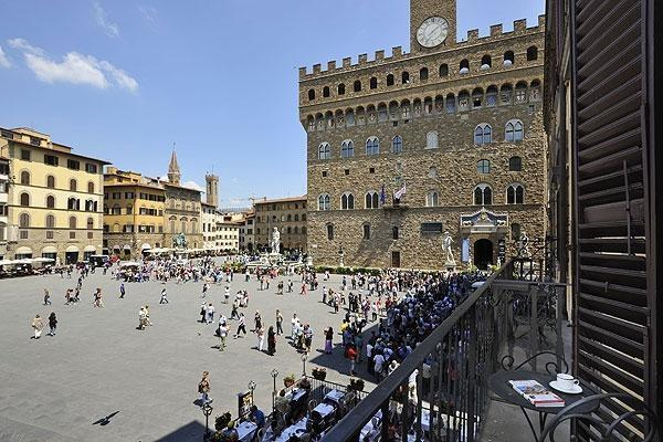 Piazza Signoria View - Image 1 - Florence - rentals