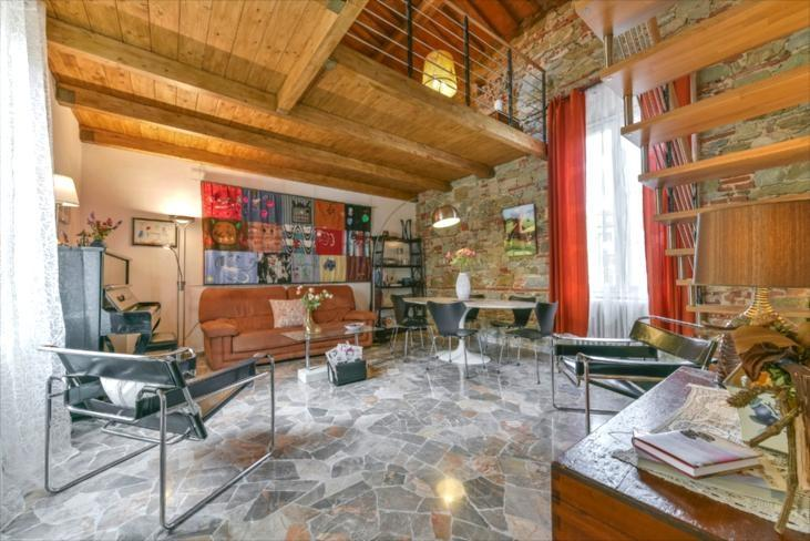 Ponte Rosso Vacation Rental from Windows on Italy - Image 1 - Florence - rentals