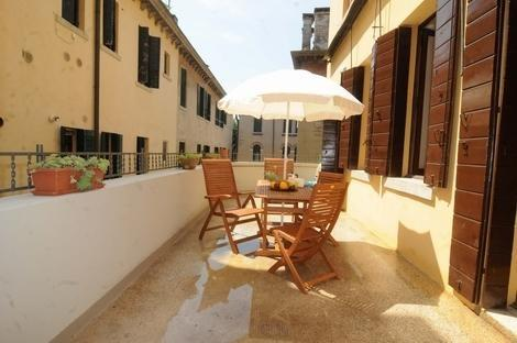 Venis Terrace and Canal View/1708 - Image 1 - Italy - rentals
