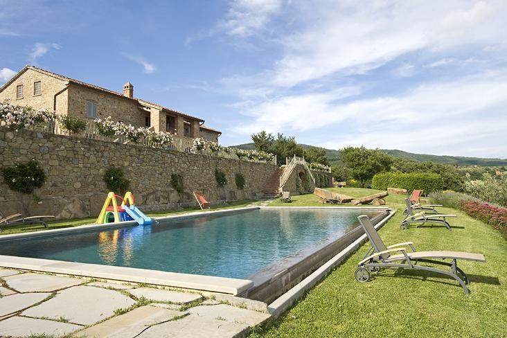 Villa Cortona - Image 1 - Tuoro sul Trasimeno - rentals