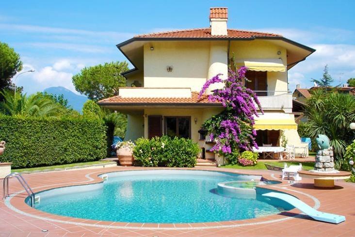Villa Fiorella - Image 1 - Lido Di Camaiore - rentals