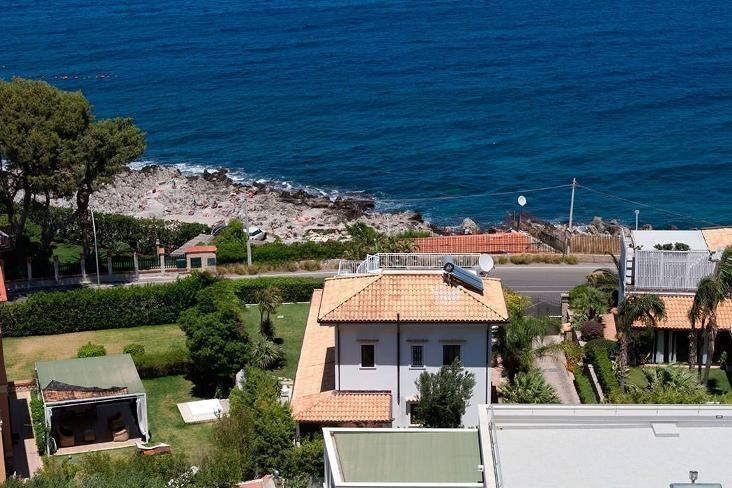 Villa Il Mar - Image 1 - Mondello - rentals