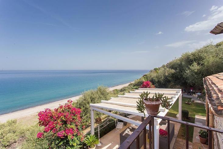 Villa La Spiaggia - Image 1 - Cefalu - rentals