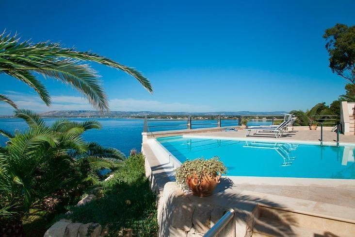 Villa Prora - Image 1 - Fanusa - rentals