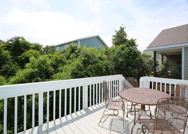 Pelican Perch - Open and spacious 4 bedroom unit one block for the beach. - Image 1 - Kure Beach - rentals