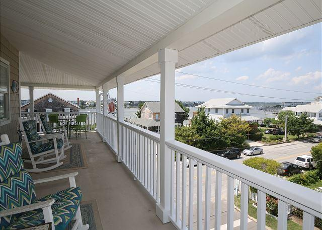 Kick-N-Back - This beautiful home offers Oceanview and Soundview (Upper Unit) - Image 1 - Wrightsville Beach - rentals