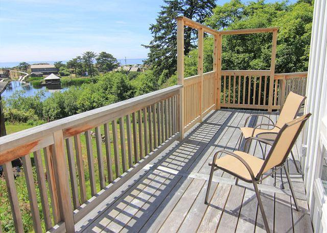 Lake and Ocean Views in this Modern Home! - Image 1 - Cloverdale - rentals