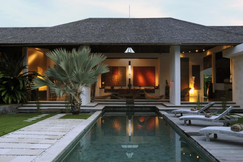 house view - minimalist villa in the heart of seminyak - Seminyak - rentals