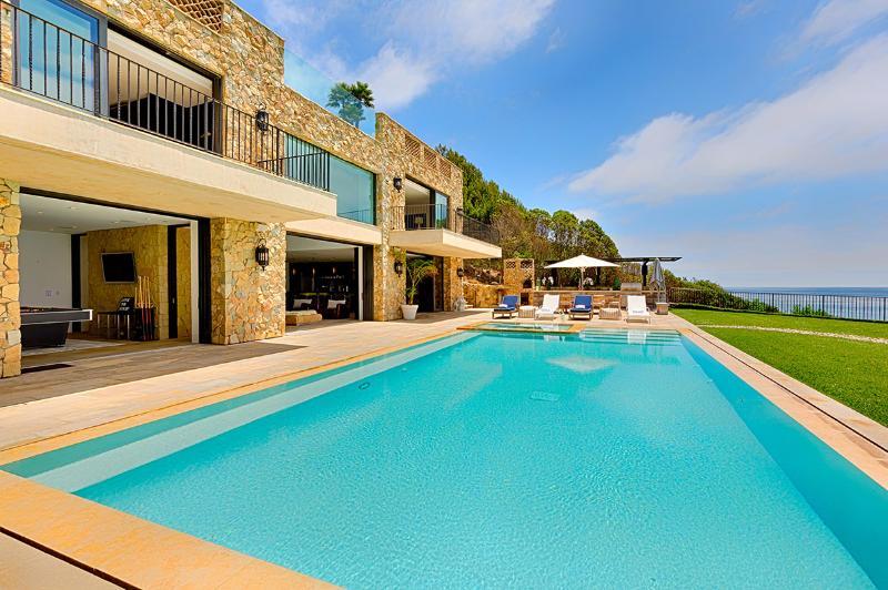 Malibu Estate, Sleeps 10 - Image 1 - Malibu - rentals