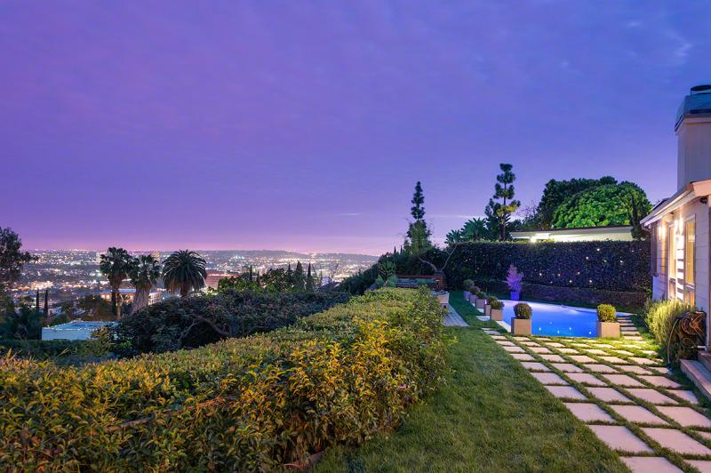 Hollywood Hills, Sleeps 8 - Image 1 - Los Angeles - rentals