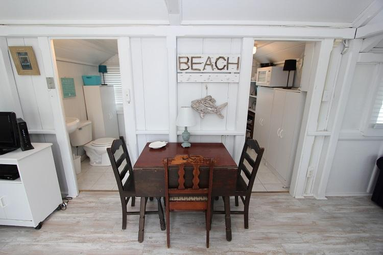 Beachland 3 - Image 1 - East Sandwich - rentals