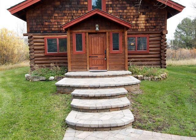 Picturesque Custom Log Cabin - Image 1 - Wilson - rentals