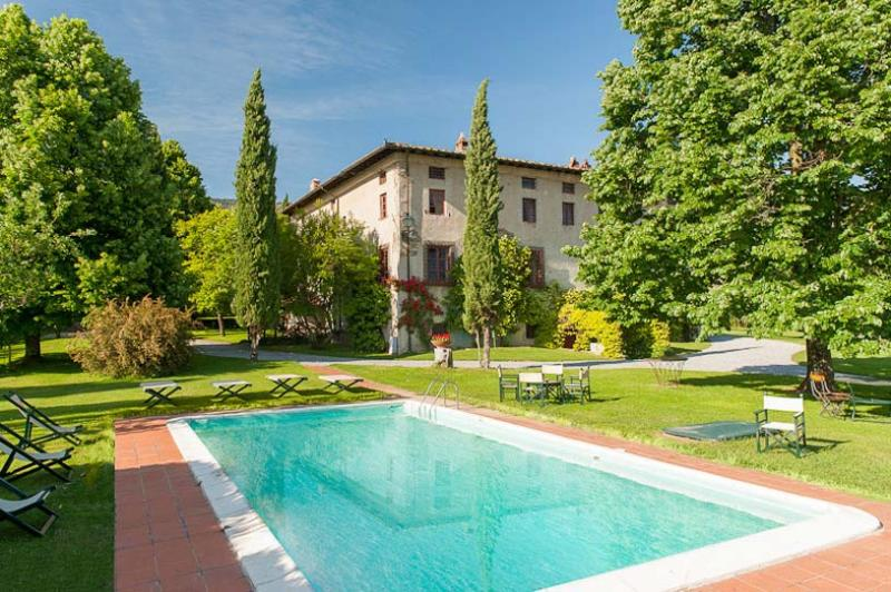 Buonvisi, Sleeps 14 - Image 1 - Lucca - rentals
