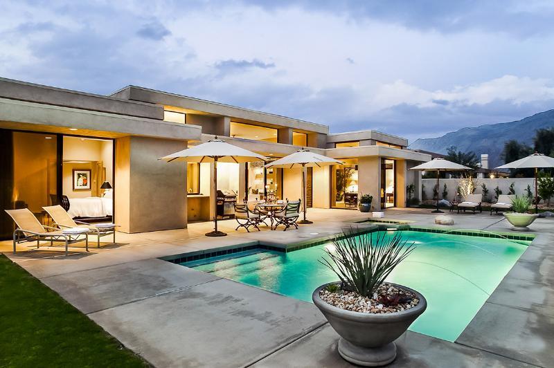 Contemporary Dream, Sleeps 8 - Image 1 - Palm Springs - rentals